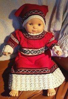 Elisabeth.H hobbyside: May barnekjole og skaut
