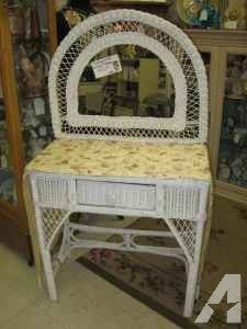 Darling White Wicker Vanity w/ Drawer! - $49 (My Favorite Things/Post Falls, ID)