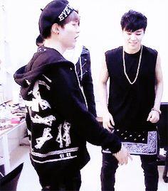 Bangtan Boys (BTS) - Suga, Jimin, V, Jin gif