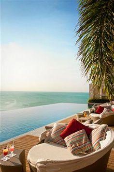 Last Minute Beach Vacations | Trump Ocean Club