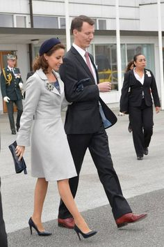 Mexico's President Enrique Peña Nieto and Mrs Angélica Rivera began a two-day official visit to Denmark. - Welcome ceremony at the airport, Vilhelm Lauritzen Terminal - Official welcome at Fredensborg Palace - Visit to Kronborg Castle - Visit the M/S Museum of Maritime - Gala dinner at