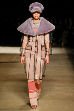 http://www.vogue.com/fashion-shows/fall-2017-ready-to-wear/miu-miu/slideshow/collection