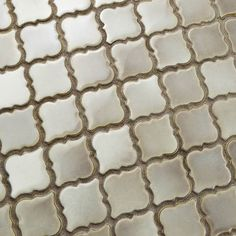Is your style a combination of traditional and modern ? Our Hudson Tangier Dove Grey has the perfect blend of contemporary grey tones and a classic lantern shape giving this tile endless design possibilities for any living space.  #hudsontangier #tileaddiction #ihavethisthingwithtile #design #walltile #floortile #merolatilestyle #tilestyle #tilehighclub #manalapan #merolatile #lanterntile #porcelaintile #porcelain #instatiles #arabesque #mosaic #tile by merolatile