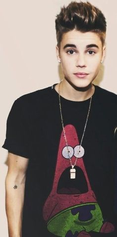 Patrick is so amazed that he's on Justin's shirt