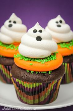 #KatieSheaDesign ♡❤ ❥ #Ghost  Halloween Cupcake Ideas