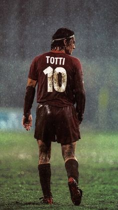 Totti Prince the Rome As Roma, Best Football Players, World Football, Soccer Players, Soccer Guys, Soccer Stars, Retro Football, Sport Football, Totti Francesco
