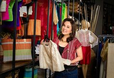 Loren Legarda and Kultura: Bringing Philippine Fashion to the mainstream ~ Designer Clothes All About Fashion, Love Fashion, Philippine Star, Philippines Fashion, Filipiniana, Latest Trends, Bring It On, Glamour, Design