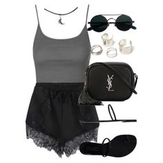 Topshop, Yves Saint Laurent and Casadei Camiseta short oculos preto cinza Edgy Outfits, Cool Outfits, Fashion Outfits, Womens Fashion, Grunge Outfits, Cute Fashion, Fashion Looks, Rock Chic, Teenager Outfits