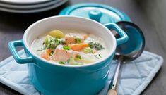Fiskegryte med laks og grønnsaker | 3iuka Cheeseburger Chowder, Soup, Ethnic Recipes, Soups