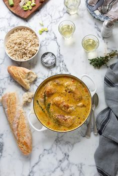 Creamy chicken with braised leeks & carrots Leeks And Carrots Recipe, Crunchie Recipes, Italian Sausage Meatballs, Gallus Gallus Domesticus, Baked Goat Cheese, Vegan Meal Plans, My Best Recipe, Supper Recipes, Roasted Cauliflower