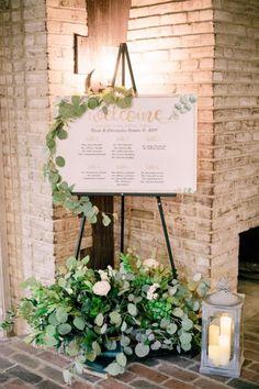 Rustic Wedding Rustic Wedding Signs, Chic Wedding, Fall Wedding, Wedding Stuff, Wedding Lanterns, Wedding Decorations, Wedding Welcome Board, Wedding Designs, Wedding Ideas