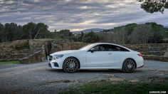 Gallery of Mercedes-Benz E-Class Coupe Images Mercedes E Class Coupe, Mercedes Benz Cars, Benz E Class, Top Cars, Cars And Motorcycles, Luxury Cars, Super Cars, Dubai, Automobile