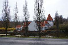 Risinge Gods og Herregård 5 km sydøst for Kerteminde.