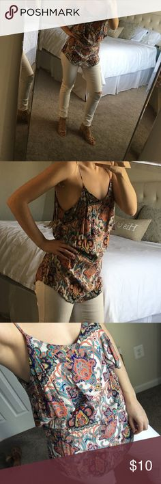 Forever 21 paisley top S Forever 21 paisley top S, only worn twice! Forever 21 Tops