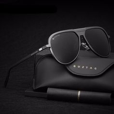 Military Black Metal Pilot Style Sunglasses https://mrpeachy.com/collections/sunglasses/products/military-black-metal-pilot-style-sunglasses?variant=5915511488551