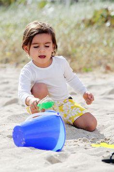 Kourtney Kardashian takes her son Mason to the beach in Miami on December 2, 2012