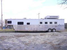 Bloomer!!!! Horse Stalls, Horse Barns, My Horse, Horse Tips, Horses, Horse Saddles, Western Saddles, Barrel Racing Tips, Country Trucks
