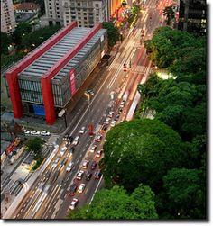O Museu de Arte de São Paulo Assis Chateaubriand (MASP)