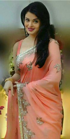 Aishwarya Rai Bachchan, Sari, Actresses, Fashion, Saree, Female Actresses, Moda, Fashion Styles, Aishwarya Rai