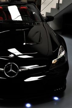 Cool Mercedes 2017: Shiny and black......  {Chic} Rich & Famous Check more at http://carsboard.pro/2017/2017/01/26/mercedes-2017-shiny-and-black-chic-rich-famous/
