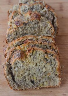 Chia Bread Nut free banana bread that's full of chia seeds, fiber and flavor for a healthy snack! Banana Chia BreadNut free banana bread that's full of chia seeds, fiber and flavor for a healthy snack! Healthy Sweets, Healthy Baking, Healthy Snacks, Baking Recipes, Vegan Recipes, Bread Recipes, Pudding Recipes, Snack Recipes, Chia Recipe
