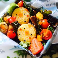usako's dish photo 長女のお弁当    ひよこ焼きおにぎり http://snapdish.co #SnapDish #レシピ #お弁当 #キャラ弁 #キャラクター #お昼ご飯