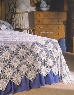 Bedspread with diagram pattern