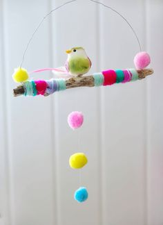 Pom Pom design for corner of Charlottes room. Fun Crafts, Diy And Crafts, Arts And Crafts, Diy For Kids, Crafts For Kids, Craft Projects, Projects To Try, Diy Y Manualidades, Mobiles