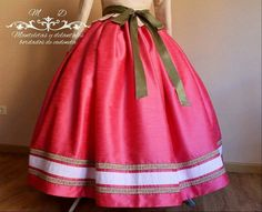 Civil War Dress, African Dresses For Women, Aragon, Comfy, Costumes, Womens Fashion, Skirts, How To Wear, Beautiful