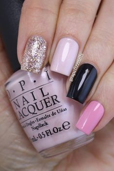 There are nail designs that include only one color, and some that are a combo of several. Some nail designs can be plain and others can represent some interesting pattern. Also, nail designs can differ from the type of nail… Read more › Pink Nails, Glitter Nails, My Nails, Gold Glitter, Black Nails, Black Sparkle, Opi Pink, Gold Nails, Simple Nail Designs