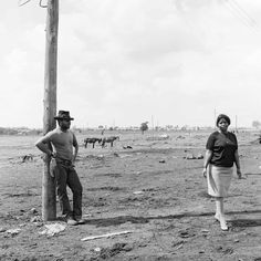 The people of Soweto by David Goldblatt - in pictures | Art and design | The Guardian David Goldblatt, Marian Goodman, University Of Cape Town, Cultural Crafts, Black And White People, San Francisco Art, Powerful Images, White City, Museum Of Contemporary Art
