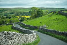 When you are traveling in a hired campervan, you can stop at just any place and at any time to admire the natural beauty of that place. Days Out In Yorkshire, Yorkshire Dales, East Yorkshire, Whitby Abbey, Campervan Hire, Cairngorms National Park, Family Days Out, Rock Pools, New Forest