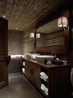 Wooden House with Natural Touch - Rumahlove Home Design Wooden Cabins, Wooden House, Wooden Cottage, Bathroom Interior, Modern Bathroom, Wood Bathroom, Masculine Bathroom, Basement Bathroom, Shared Bathroom