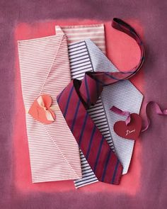 DIY Necktie Envelope by Martha Stewart. A tie is a classic gift for him. Make it even more enticing by presenting it in a handmade fabric envelope that he can use for travel. Easy Sewing Projects, Sewing Projects For Beginners, Sewing Crafts, Sewing Ideas, Crafty Projects, Handmade Gifts For Men, Diy Gifts, Xmas Gifts, Homemade Gifts