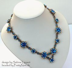 "Necklace ""Les Fleurs"" beaded by PrettyNett.de"
