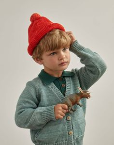 A classic knit cap with a cuff brim and pompom top. This style comes with the brim unrolled so you can roll at the length that works for your little one. Kids Winter Fashion, Winter Kids, Toddler Boys, Baby Kids, Baby Boy, Toddler Fashion, Boy Fashion, Little People, Little Boys