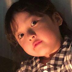 Cute Asian Babies, Korean Babies, Asian Kids, Cute Little Baby, Cute Baby Girl, Little Babies, Cute Baby Meme, Baby Memes, Twin Baby Photography