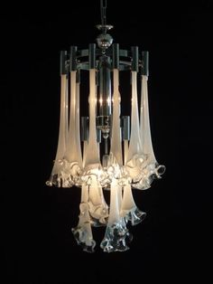 Brisbane Chandeliers by Chelsea Antiques - Brisbane based antique chandelier dealers