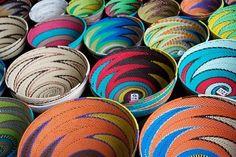 South Africa's art and craft scene reflects the country's rich cultural diversity. You'll find skilled craftsmen and women working everywhere, from the pavements and vibrant markets of South Africa's big cities, to remote rural villages. Africa Craft, Afrique Art, African Market, South African Art, Craft Markets, Textiles, African Design, Traditional Art, Basket Weaving