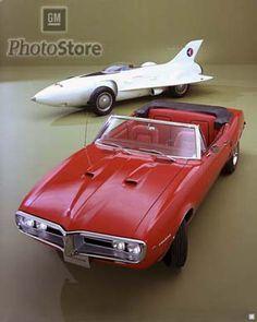 1954 Pontiac Firebird I and 1967 Firebird.