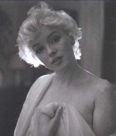★ The One & Only - Marilyn Monroe ★ Old Hollywood ♡ Norma Jeane ♡ Divas, Fotos Marilyn Monroe, Milton Greene, Cecil Beaton, Mae West, Norma Jeane, Old Hollywood, Classic Hollywood, Movie Stars