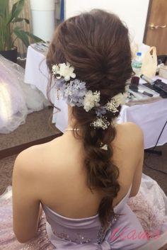 カジュアルシニヨンからラプンツェルへchangeのカワイイ花嫁さま♡ |大人可愛いブライダルヘアメイク『tiamo』の結婚カタログ