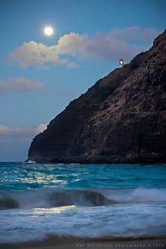 Walkin' on that beach, that night...