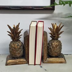 Decorative Arts Antique Heavy Cast Iron Painted Bookends Sailing Ship Meticulous Dyeing Processes