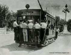 En Madrid, de alguien muy chulo, se dice que es más chulo que un ocho. La expresión viene del tranvía número 8, que usaban muchos chulapos para ir a la verbena.