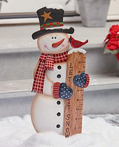 Frosty The Snowman Christmas Garden Staked Snow Gauge Christmas Garden, Outdoor Christmas, Christmas Snowman, Christmas Tree Ornaments, Christmas Holidays, Christmas Ideas, Frosty The Snowmen, Cute Snowman, How To Make Snowman