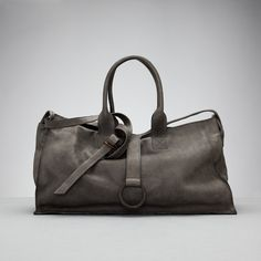 tagliovivo-voyager large bag only in vegan leather Fab Bag, Leather Bags Handmade, Leather Projects, Big Bags, Travel Bags, Vegan Leather, Purses And Bags, Fashion Accessories, Essentials
