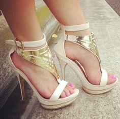 shoes sneakers sandals heelos high heels medium heels ndue heels nude white cute summer party gold jewelry nude heels boho bohemian grunge vintage vogue chanel