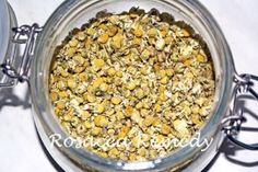 Homemade Chamomile Face Toner: Chamomile is beneficial as a natural skin care treatment because of i Scalp Psoriasis Treatment, Skin Care Treatments, Natural Treatments, Natural Remedies, Acne Treatment, Homemade Face Toner, Toner For Face, Medicinal Plants, Recipes