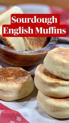 Sourdough English Muffins, Homemade English Muffins, English Muffin Recipes, English Muffin Bread, Sourdough Recipes, Sourdough Cornbread Recipe, Sourdough Bread Starter, Baking Soda Uses, Keto